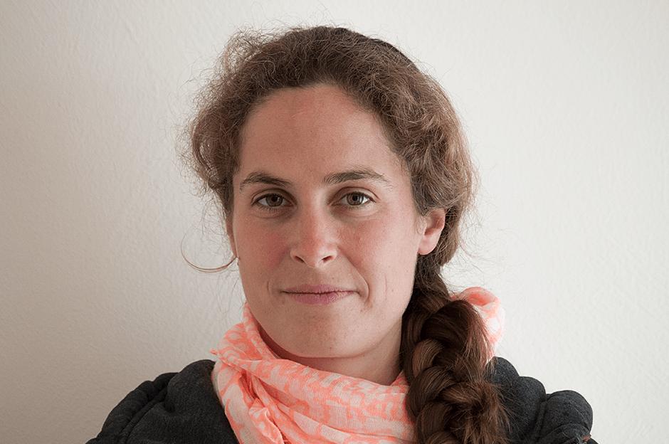 Tierärztin Mag. med. vet. Lisa Packebusch
